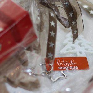 La Touche Magique pakt kerstcadeaus in