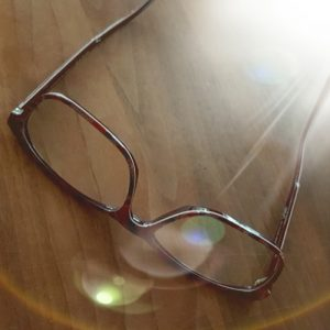 Elk ziet het door zijn eigen bril - La Touche Magique