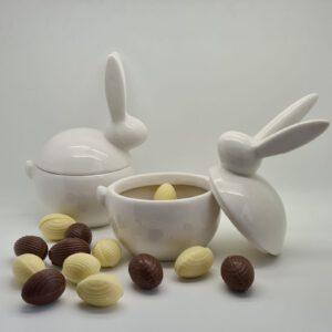 Paascadeau met handgemaakte chocolade paaseitjes - La Touche Magique